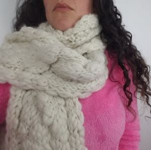 New! Abercrombie and Fitch | Chunky Knit Scarf